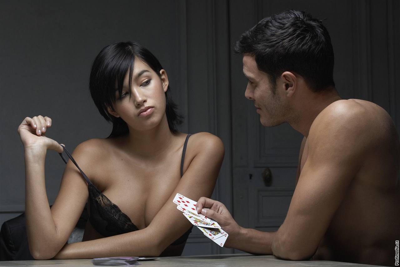 Vodič po zabavnih pripomočkih za izboljšanje spolnosti