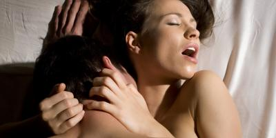 Kako poskrbeti, da bo v seksu bolj uživala?